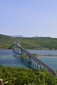 Brücke von Hinnoya zum Festland