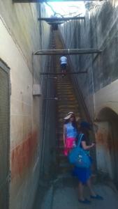 99 Treppenstufen